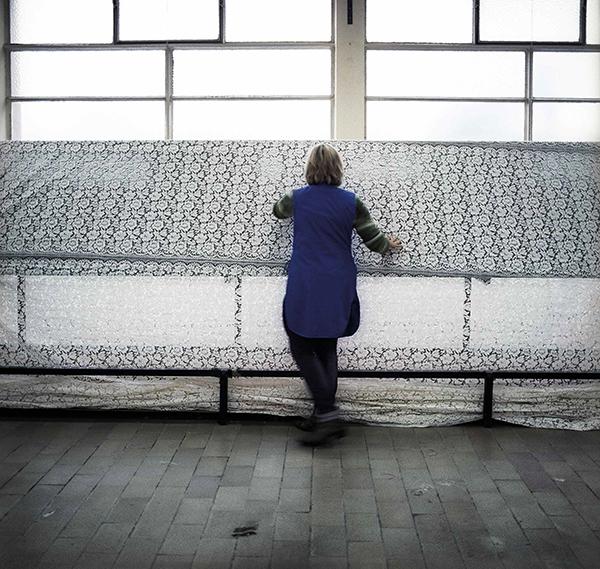retrouver un travail apr s 45 ans femme majuscule. Black Bedroom Furniture Sets. Home Design Ideas